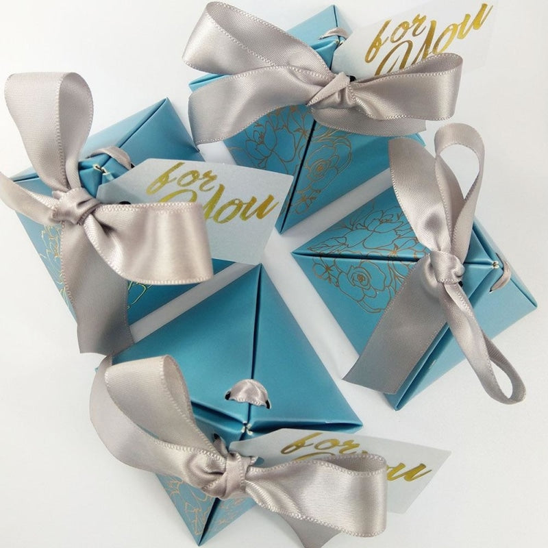 Pyramid Paper With Thanks Card Favor Holders | Bridelily - favor holders