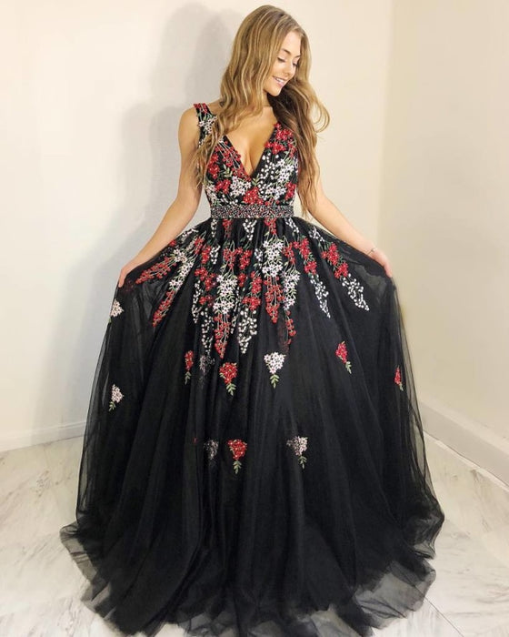 Stunning V-Neck Black Evening with Appliques Beading Sleeveless Long Prom Dress - Prom Dresses