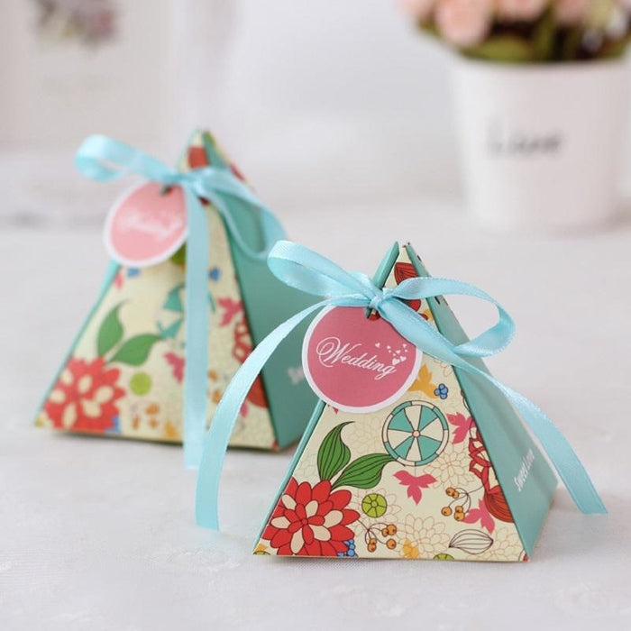 Triangle Flower Ribbon(100Pcs) Favor Holders | Bridelily - favor holders