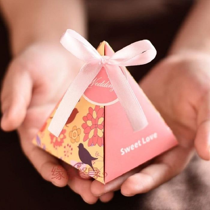 Triangle Flower Ribbon(100Pcs) Favor Holders | Bridelily - Pink - favor holders