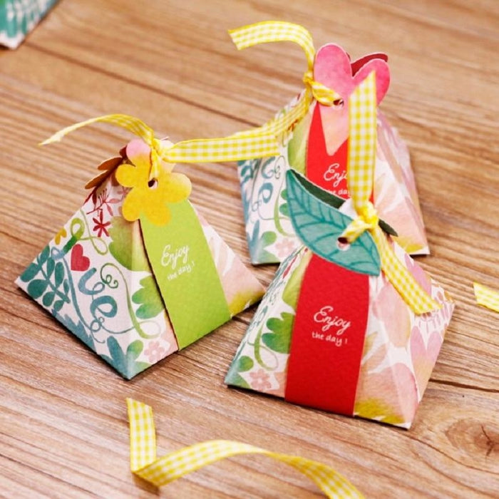Triangular Candy Box With Ribbon Favor Holders | Bridelily - favor holders