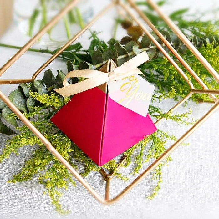 Triangular Candy Boxes With Bowknot Favor Holders | Bridelily - 72x72x80mm - favor holders