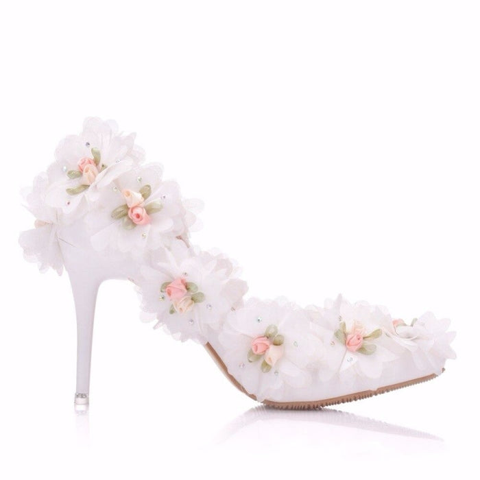 White Lace Flower Pointed Toe Wedding Pumps | Bridelily - wedding pumps