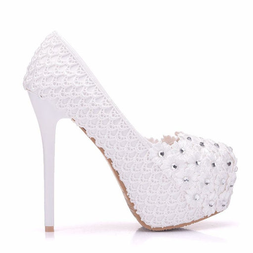 White Lace Flower Round Toes Wedding Pumps | Bridelily - wedding pumps