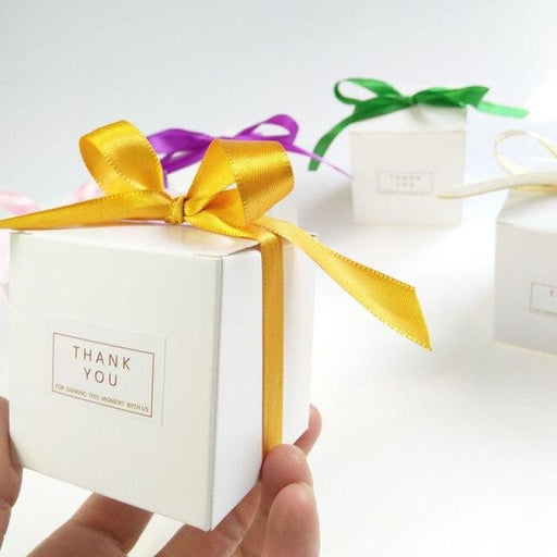 White Sweet Candy Box With Bowknot Favor Holders | Bridelily - Gold / 50 PCS - favor holders