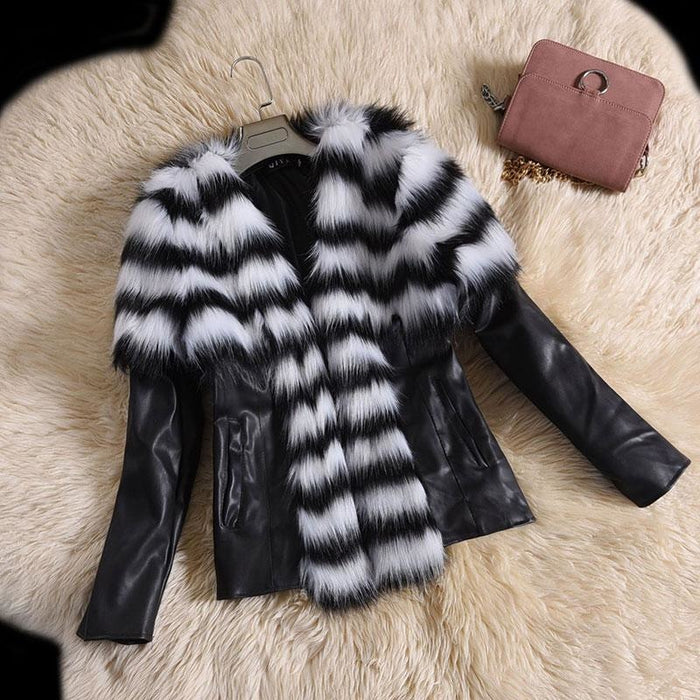Womens Basic Winter Short Fur Coat - S / White - womens furs & leathers