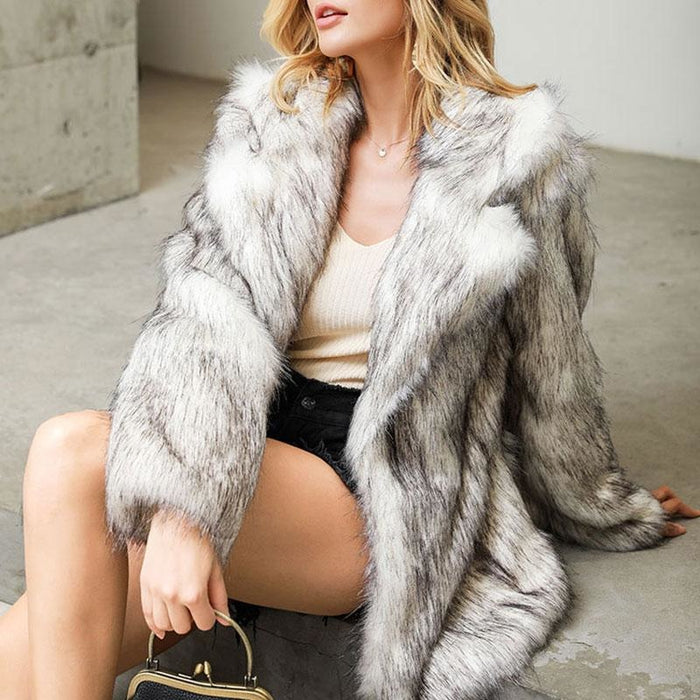 Womens Street Chic Daily Winter Faux Fur Coat - S / White - womens furs & leathers