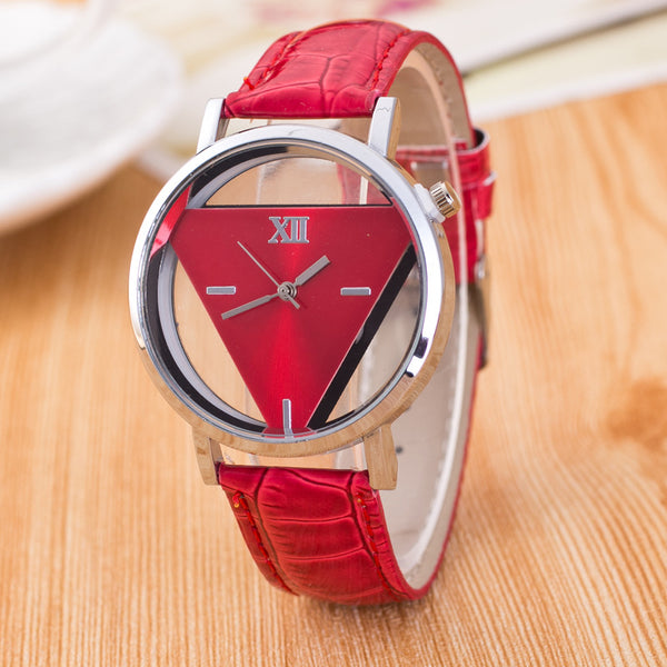 Creative Hollow Out Watch Női Divat Alkalmi bőrruha Sport Quartz Wrist Watches Ladies Clock