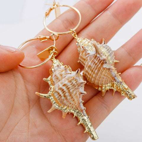 AENSOA Bohemia Shell Gold Long Pendant Drop Earrings Natural Asymmetric Unique Conch Earrings For Women Beach Bikini Jewelry