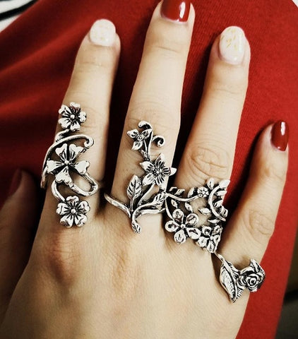 2018 new fashion personality ancient silver hollow carved 4 piece set of rings
