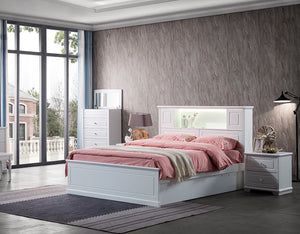 DaVinci Suite in White with Tallboy and Bedside tables.