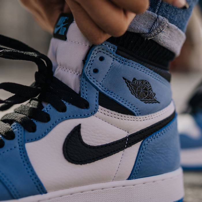 Closer Look at the Air Jordan 1 Retro High OG GS 'University Blue'