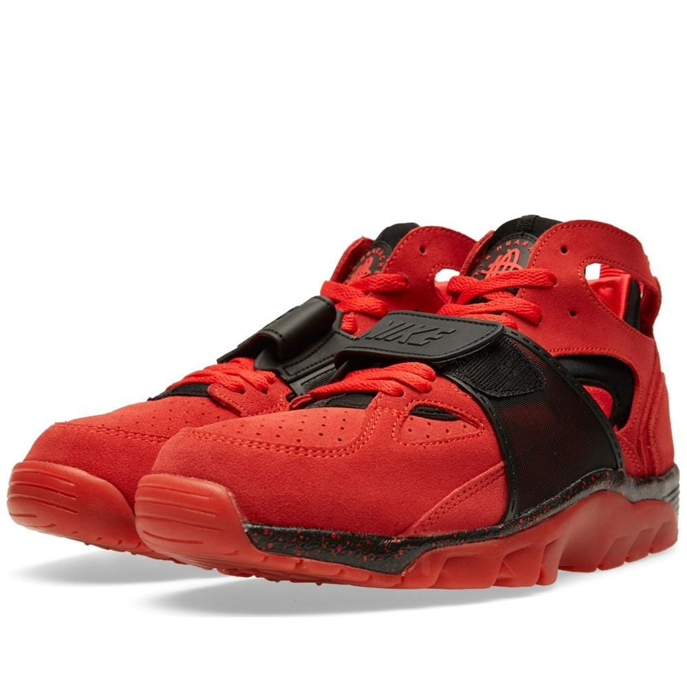 NIKE AIR TRAINER HUARACHE PRM QS 'LOVE-HATE' Challenge Red - Kick Game