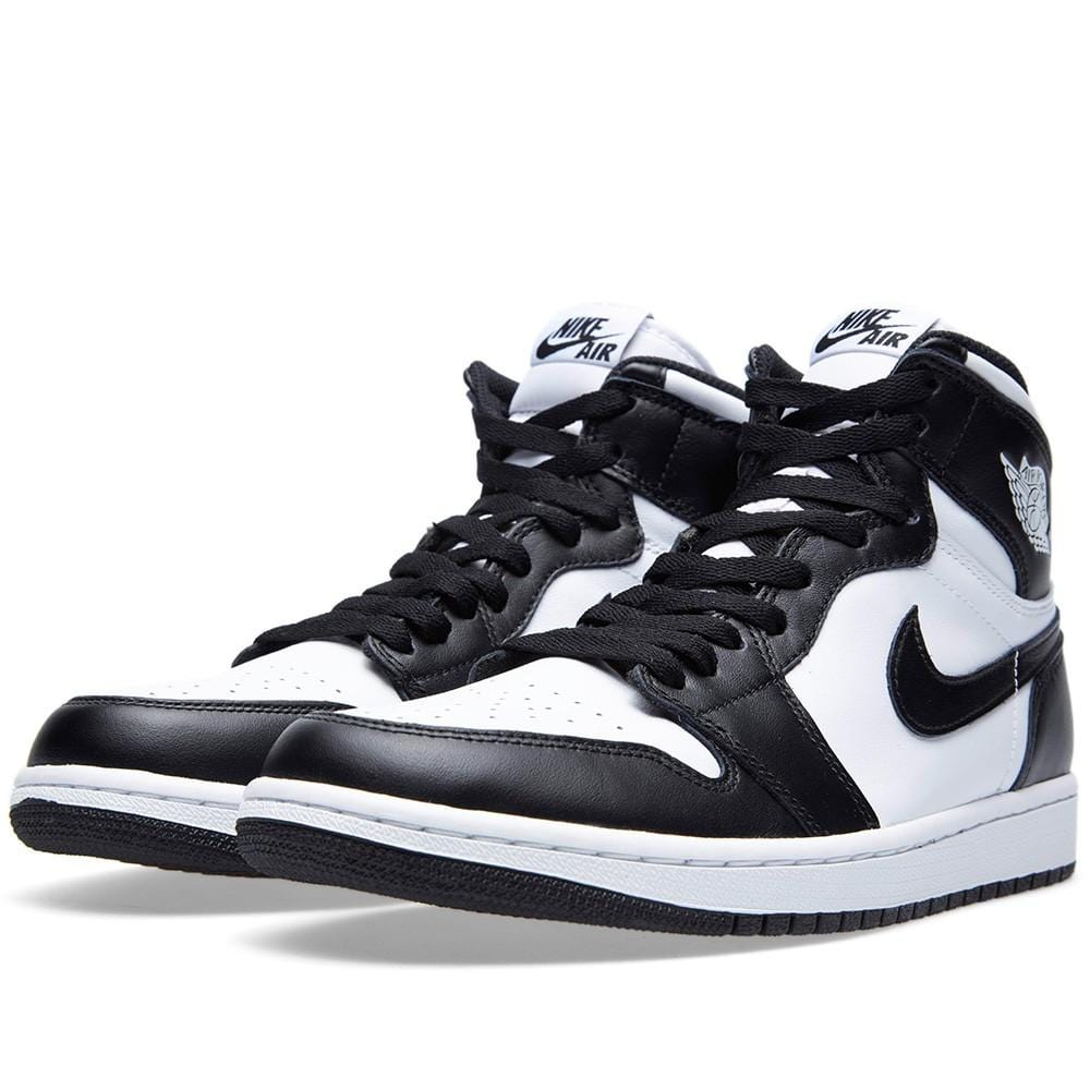 AIR JORDAN 1 RETRO HI OG 'BLACK-WHITE' - Kick Game