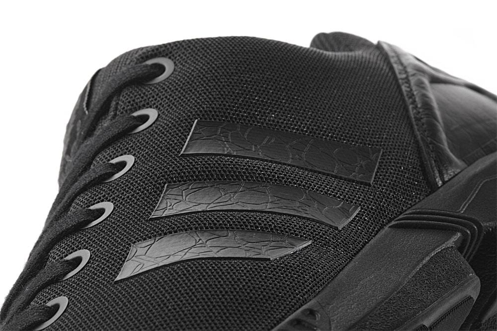Adidas ZX Flux Triple Black - Kick Game