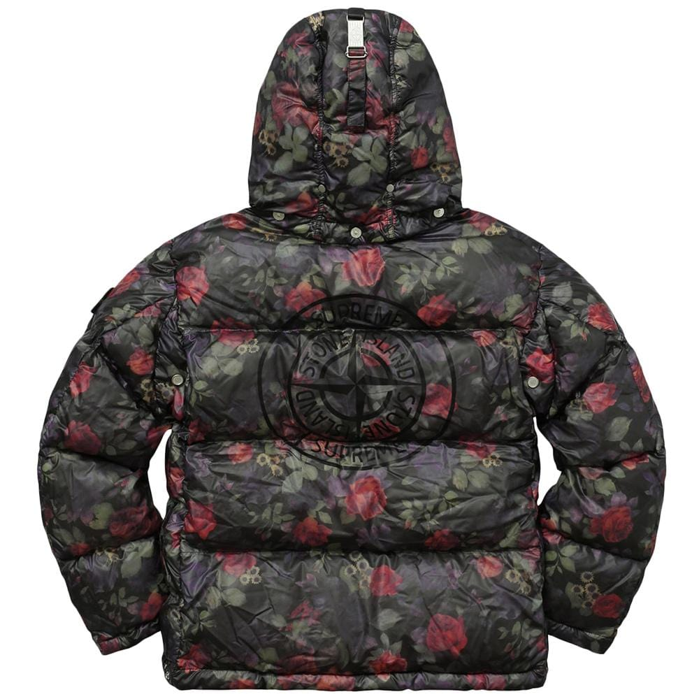 3fe1ca0c6 STONE ISLAND FOR SUPREME LAMY COVER Down Jacket in Black