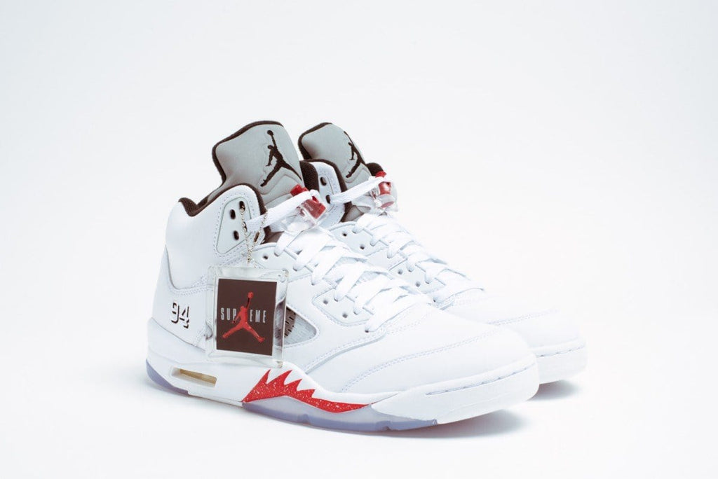 "AIR JORDAN 5 RETRO SUPREME ""SUPREME"" WHITE - Kick Game"