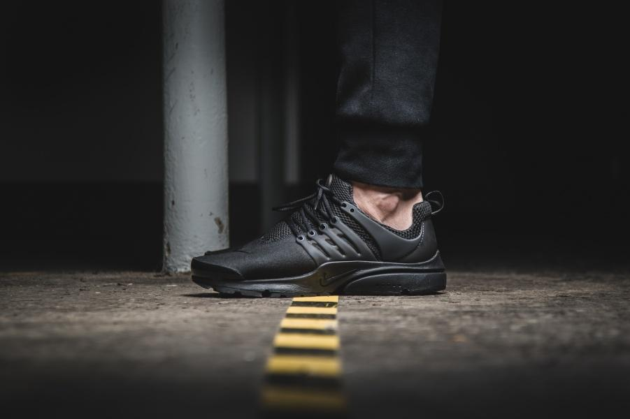Nike Air Presto Triple Black Mesh