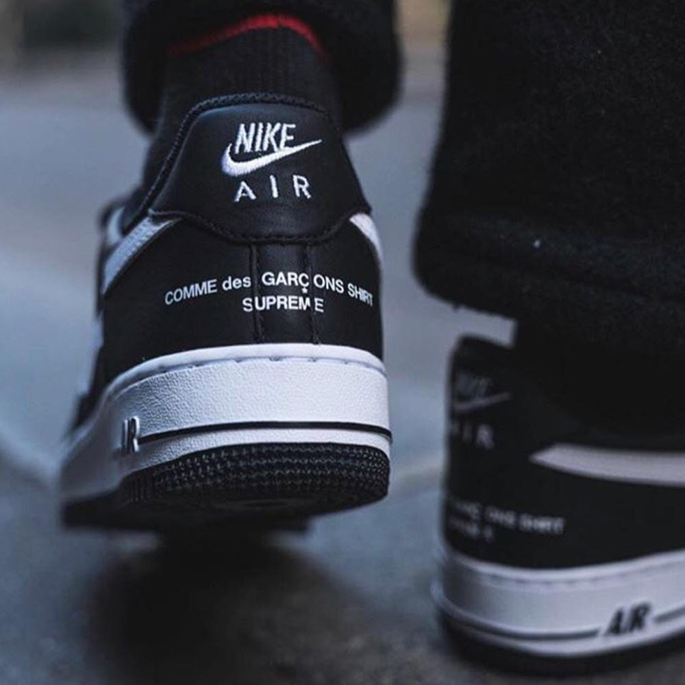 reputable site 2daf6 45db3 Supreme x Comme des Garcons x Nike Air Force 1 Low Black White