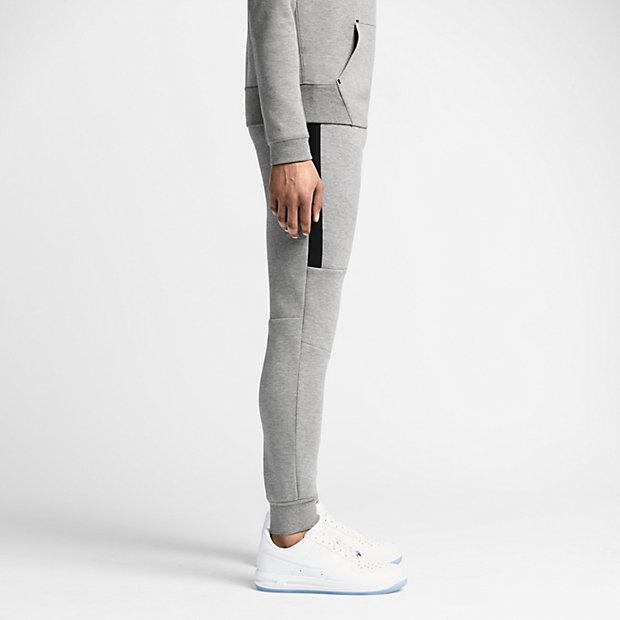 NIKE TECH FLEECE MEN'S TROUSERS - Medium Grey-Black - Kick Game