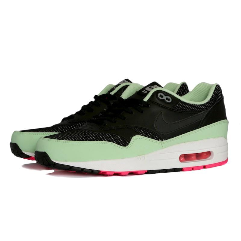 Nike Air Max 1 FB Yeezy (by apollo91000) These are in the