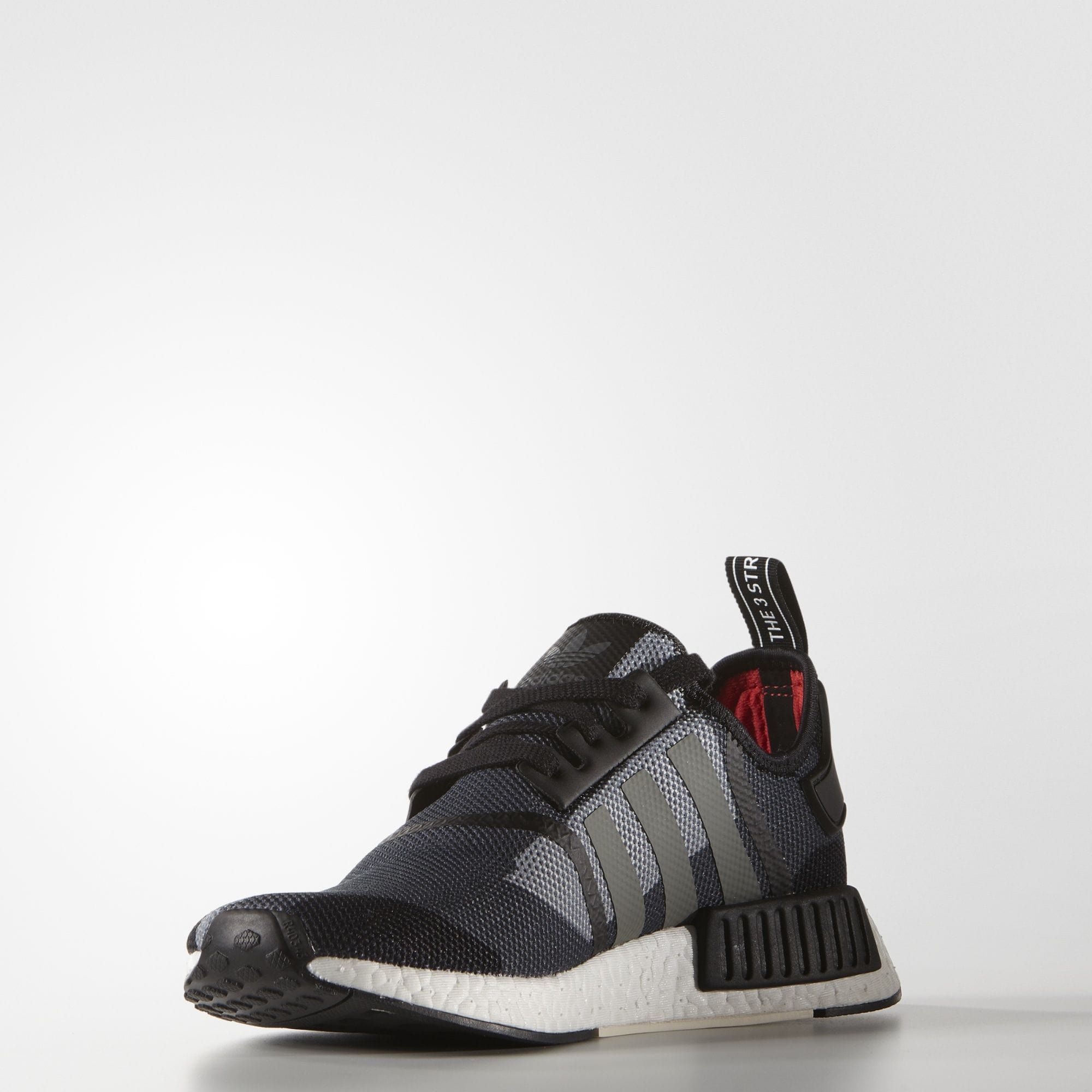 ADIDAS NMD R1 - Core Black Chalk White - Kick Game