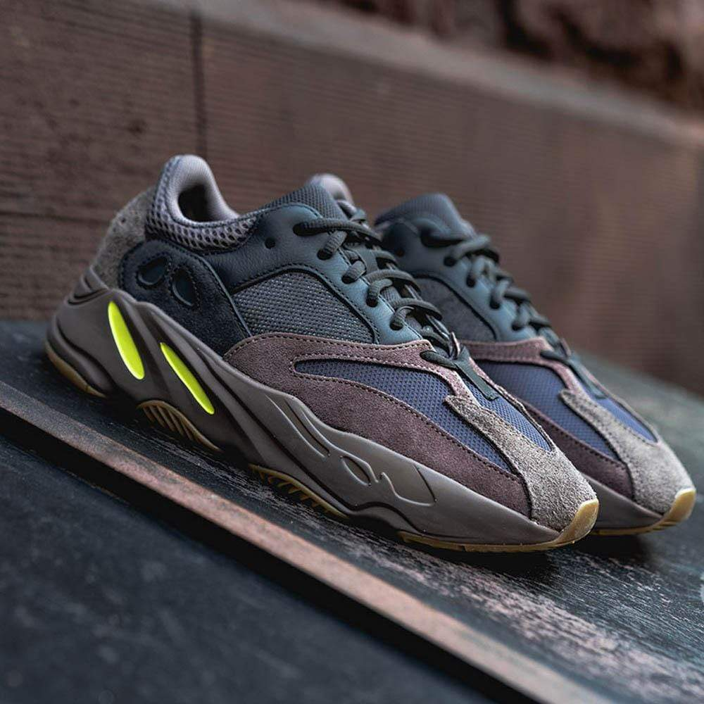 big sale d87df d6f70 Adidas Yeezy Boost 700 Mauve