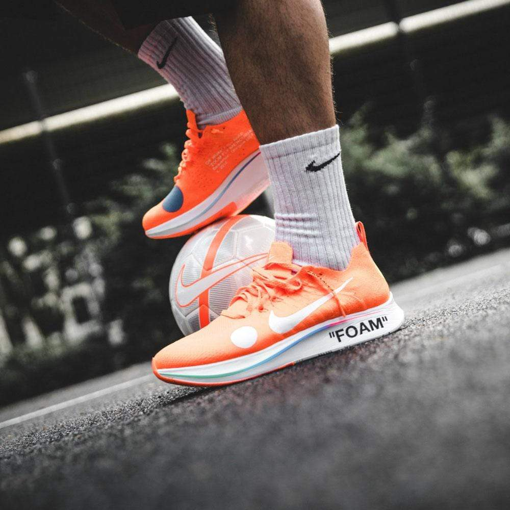 NIKE X OFF WHITE ZOOM FLY MERCURIAL FLYKNIT TOTAL