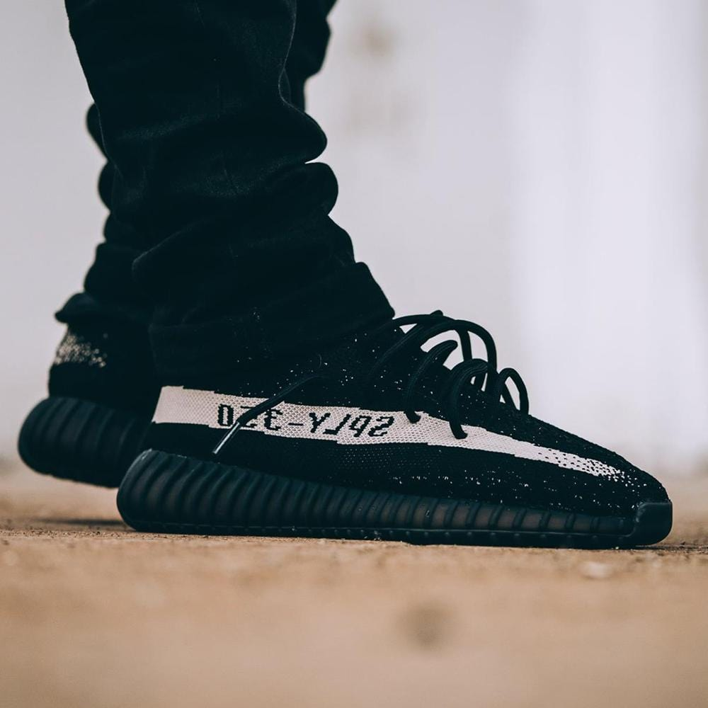 Adidas Originals Yeezy Boost 350 V2 Black-White - Kick Game