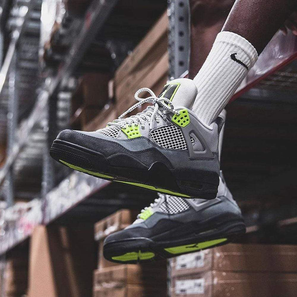 Air Jordan 4 Retro SE 'Neon 95' - Kick Game