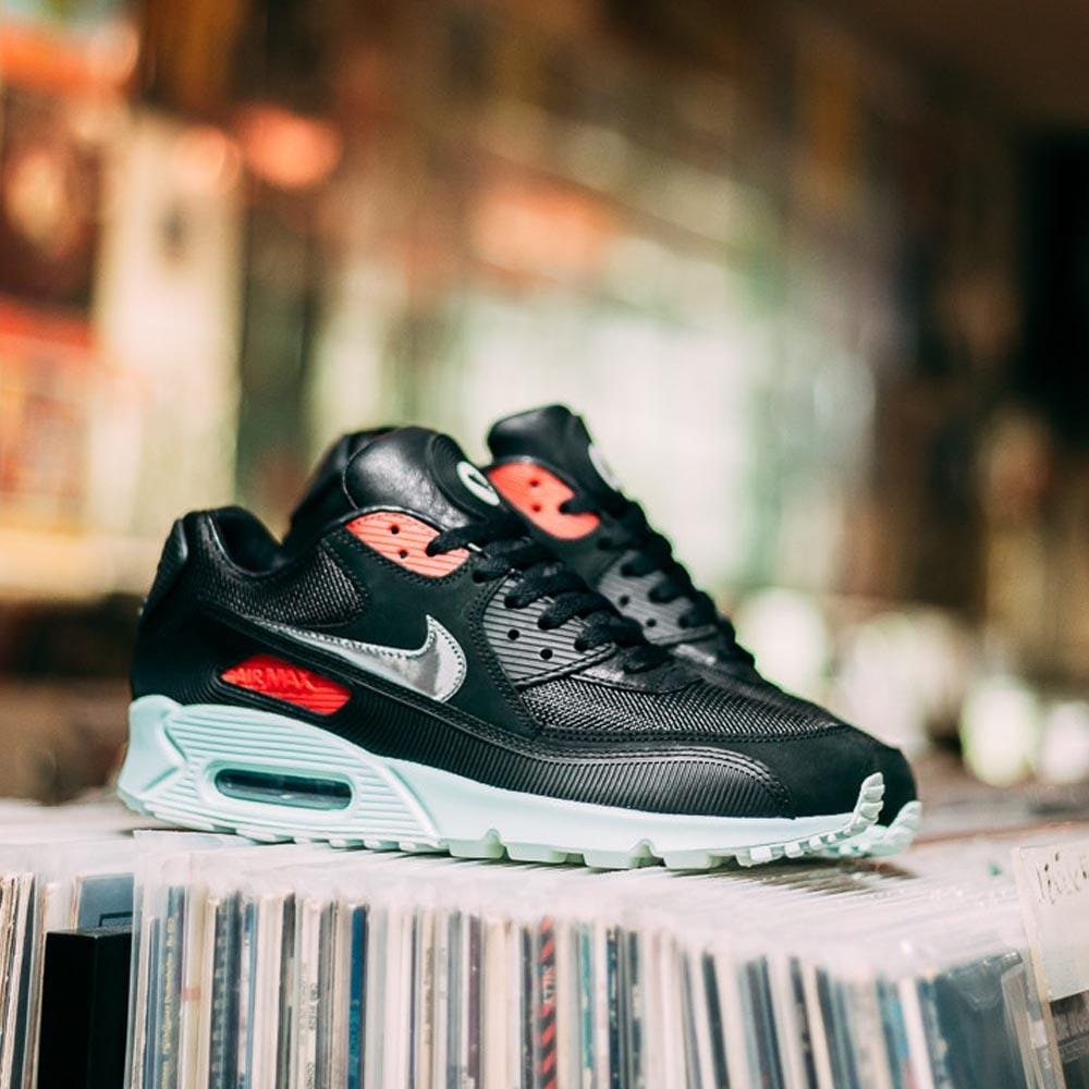 Nike Air Max 90 'Vinyl' - Kick Game