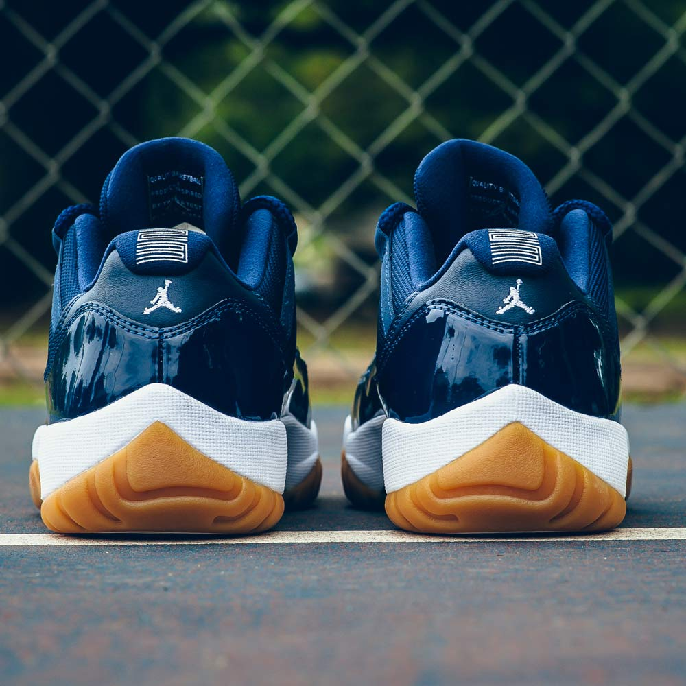 Air Jordan 11 Retro Low Midnight Navy - Kick Game