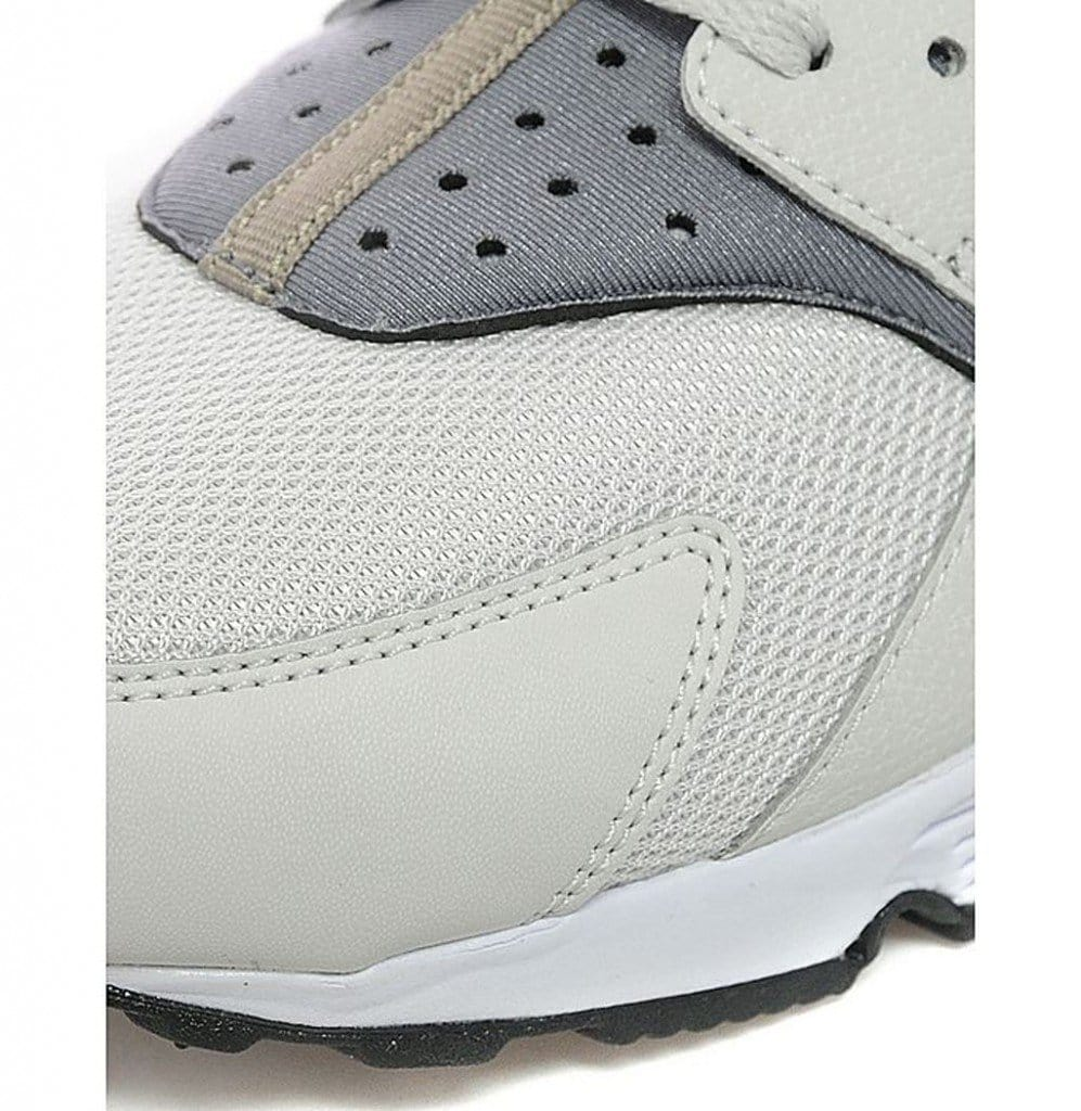 "Nike Air Huarache ""Light Ash Grey"""