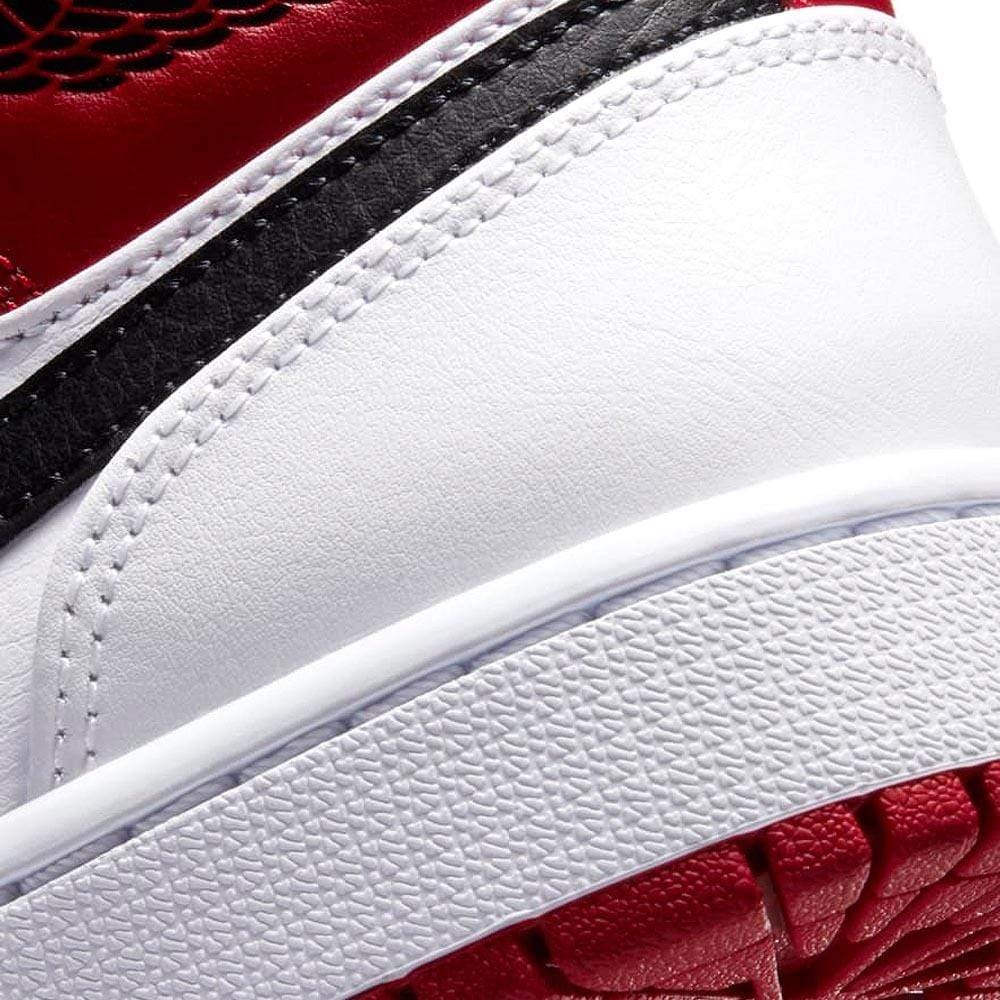Air Jordan 1 Mid 'Chicago' 2020 - Kick Game