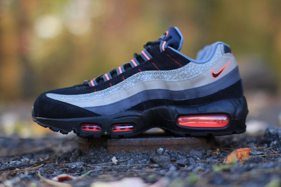chaussures de séparation 74dc9 dc6d4 Nike Air Max 95 Premium 'Bamboo Safari' – Kick Game