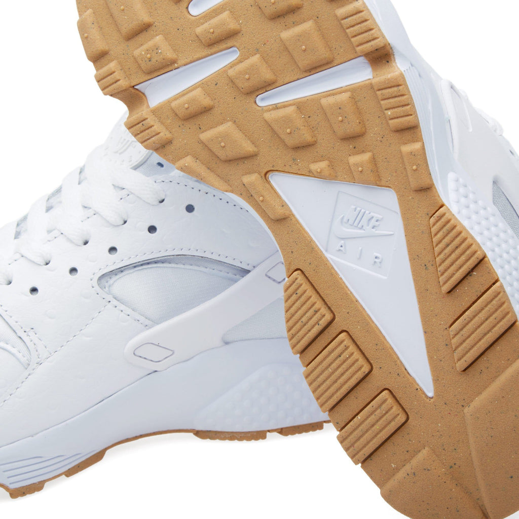 NIKE AIR HUARACHE RUN White & Gum - Kick Game