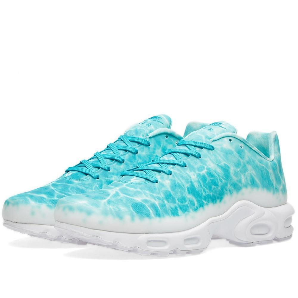 NIKE AIR MAX PLUS GPX PREMIUM SP Turbo Green & White