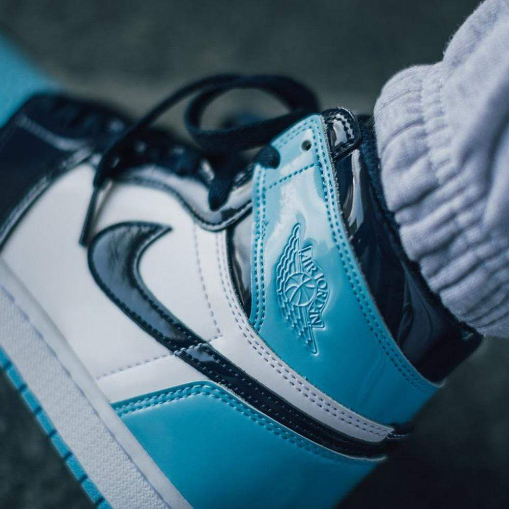 Air Jordan 1 Wmns Retro High Og Blue Chill Kick Game