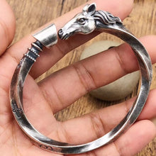 Load image into Gallery viewer, Viking horse's Bracelet