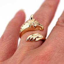 Load image into Gallery viewer, cute rose horse ring