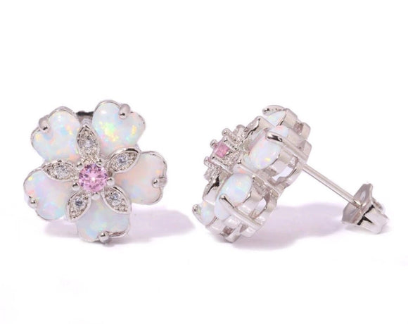 Flower earrings with pink crystal