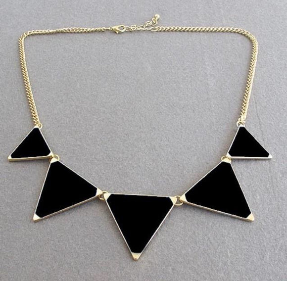 Triangle queen necklace