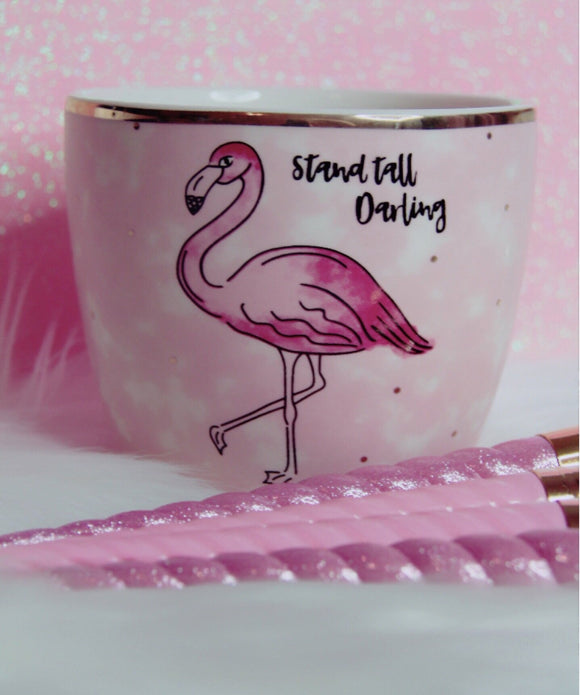 Stand tall darling flamingo brush holder