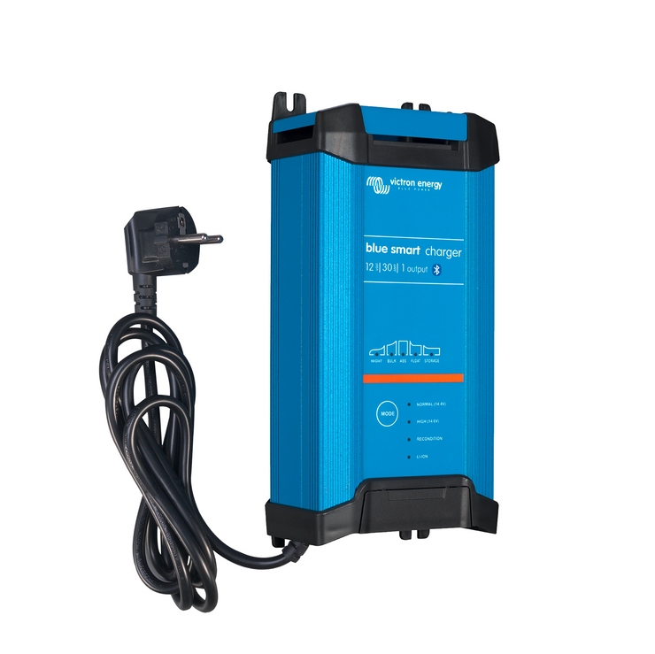 Victron Blue Smart IP22 Charger 12/30(1) 230V CEE 7/7