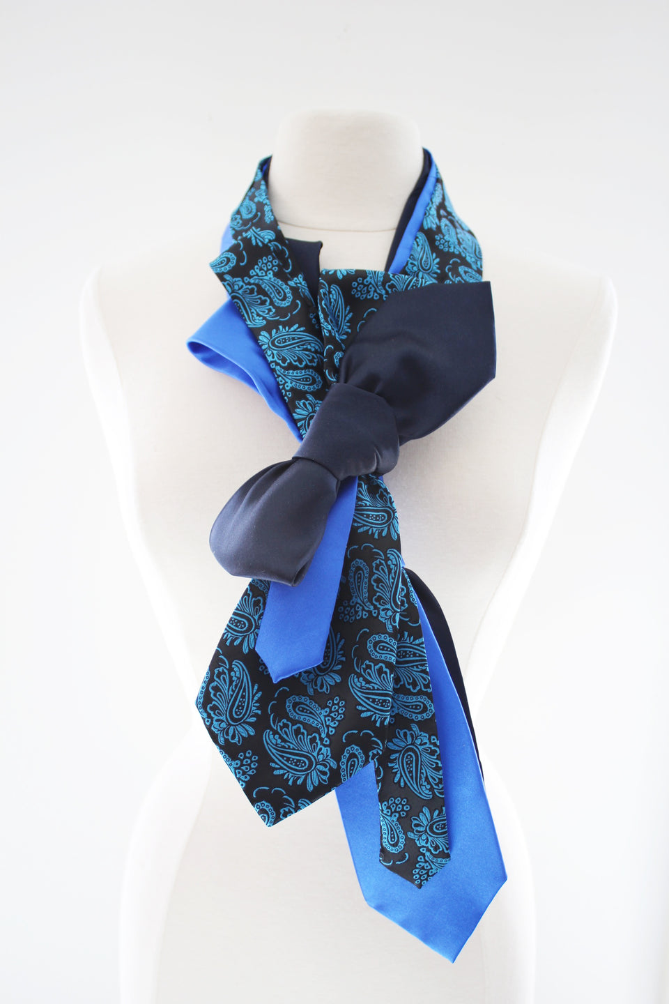 Handmade-Sherlock-Wrap-Bow-Necktie-Dapper-Dandy-Fashion-Couture-Ascot-Scarf-Statement-Neckwear