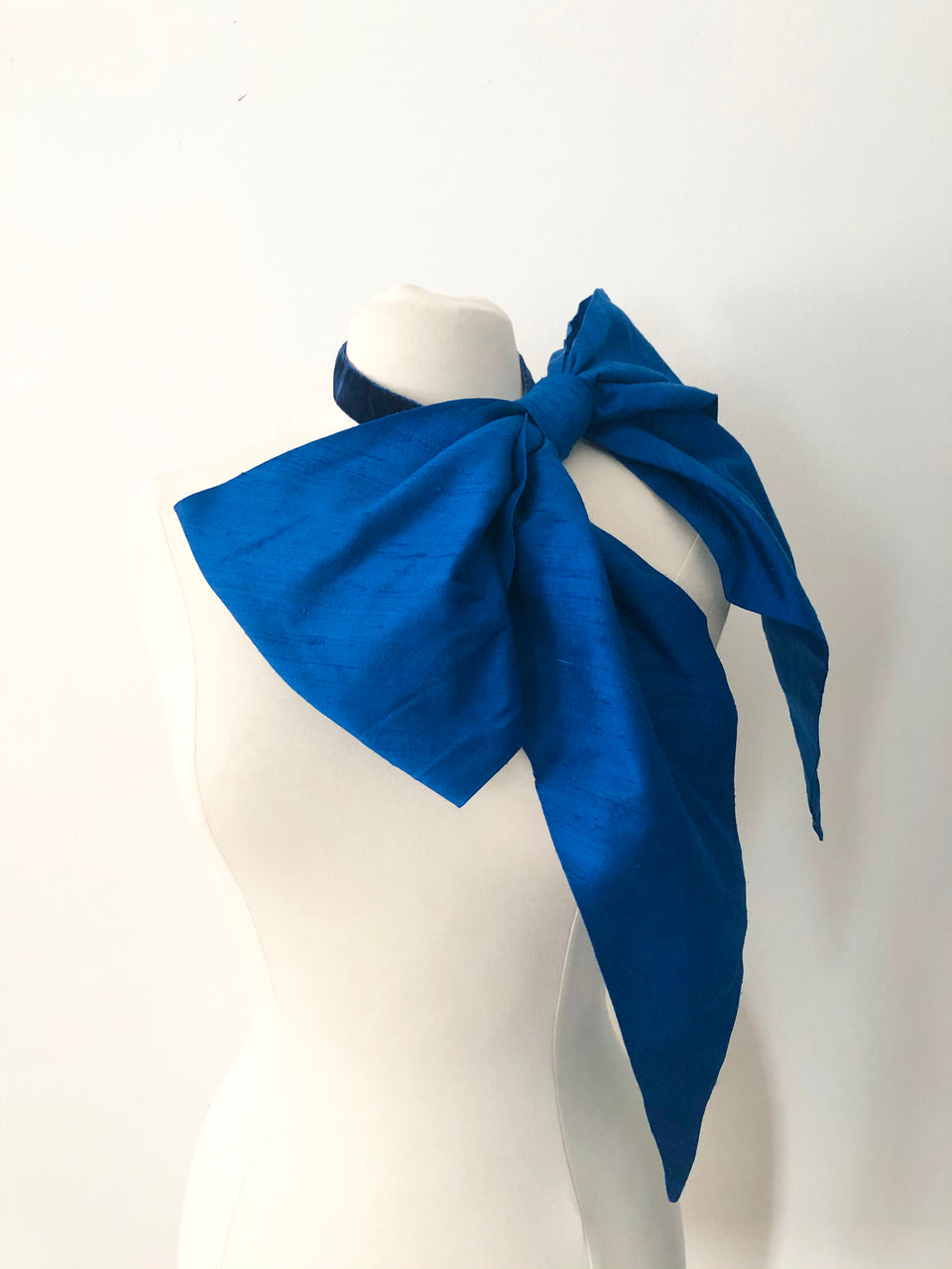 Large Silk snap on Bow Collar in Blue