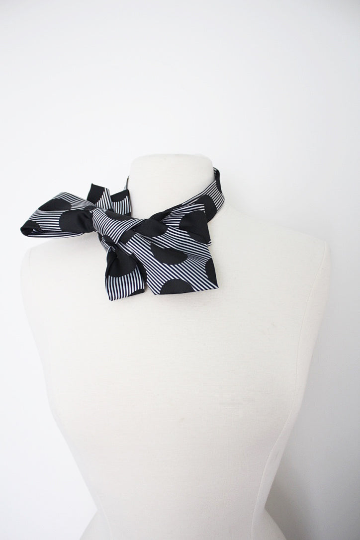 Handmade Bowtie vintage snap on collar necklace adornment