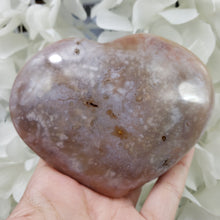 Load image into Gallery viewer, Flower Agate- Medium Heart