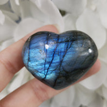 Load image into Gallery viewer, Labradorite Heart