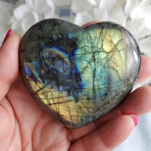Load image into Gallery viewer, Labradorite Heart #1